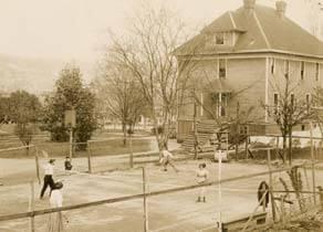 SPU tennis court in 1910
