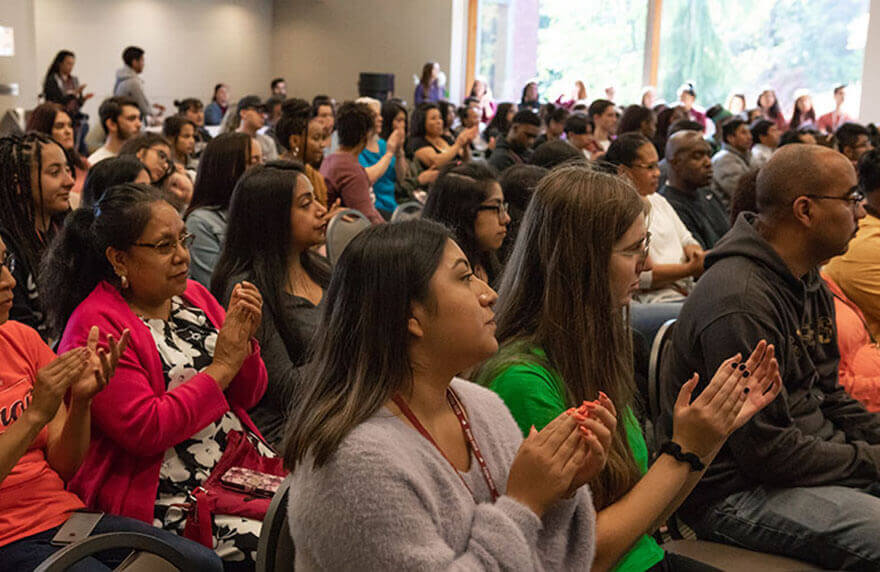 SPU students and their families applaud at the 2018 Early Connections event