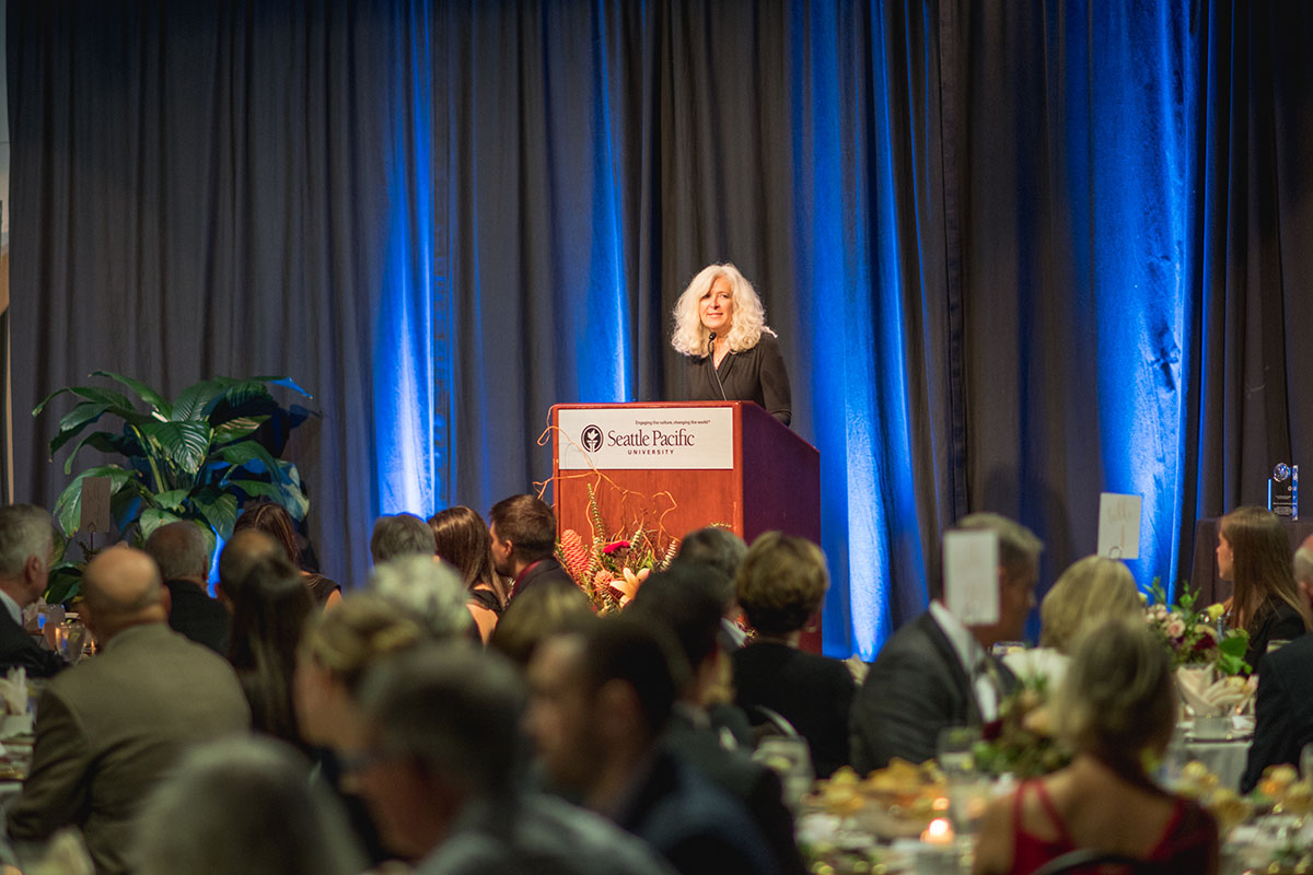 Louise Furrow presenting at the 2017 President's Circle Dinner