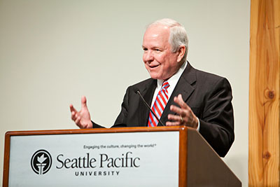 A guest speaker addresses the audience at the Fall 2011 SPU President's Circle Dinner