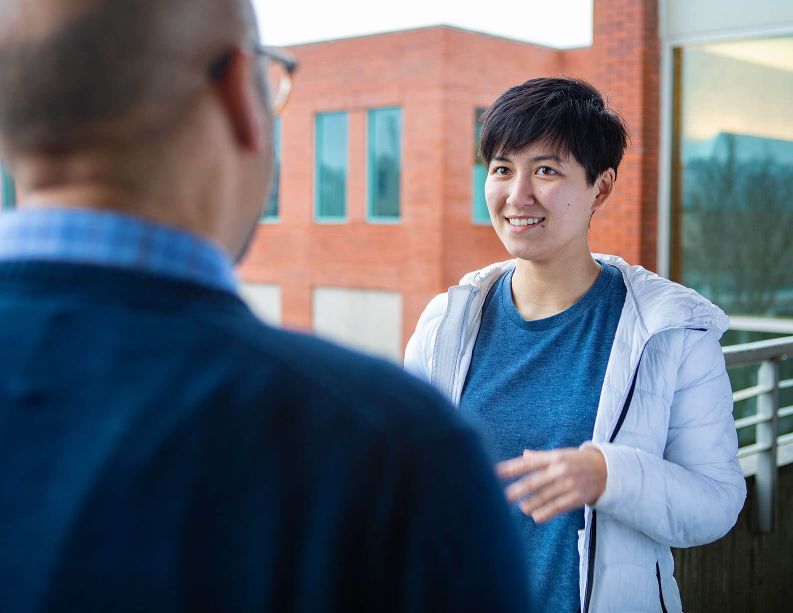 An SPU student meets with a mentor | Photo by Lynn Anselmi