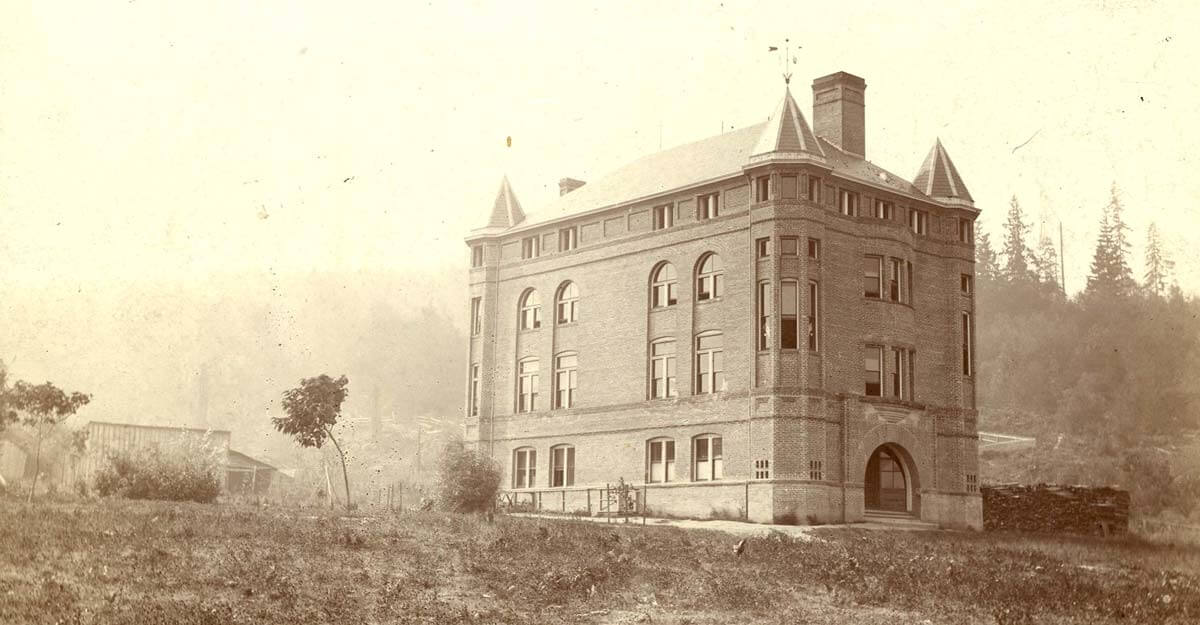 Historic photo of Alexander Hall