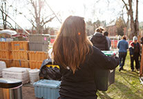SPU students help Tent City 3 residents move onto campus.