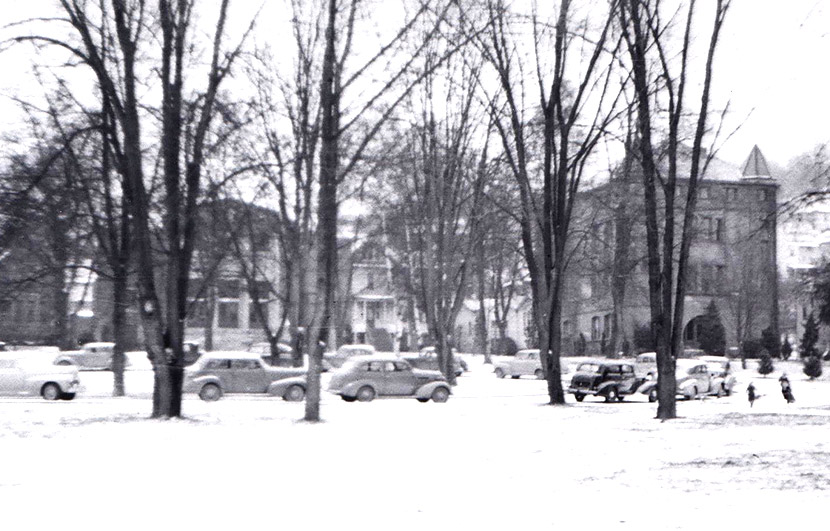 Snow on campus in 1947